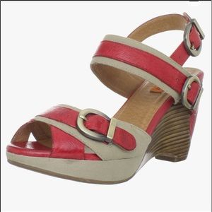 Miz Mooz Women's Sammy Wedge Sandal size 10
